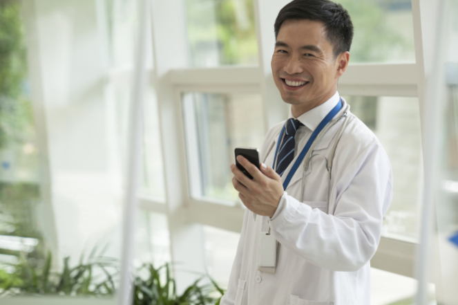 doctor-with-phone